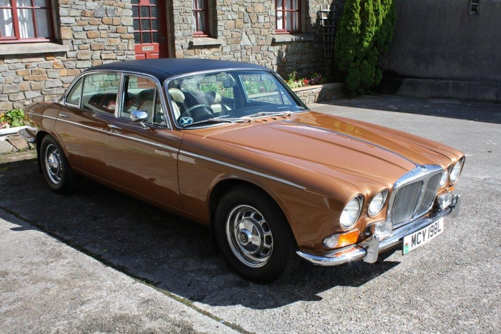 Jaguar Xj12 Series 2 Daimler Double Six Repair Operation