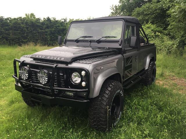 land rover 90 110 and defender restoration manual uk. Black Bedroom Furniture Sets. Home Design Ideas