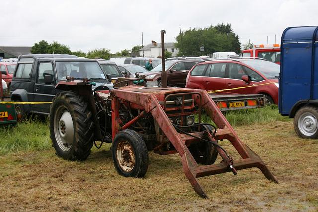 Massey Ferguson Mf135 Farm Tractor Owners Service  U0026 Repair