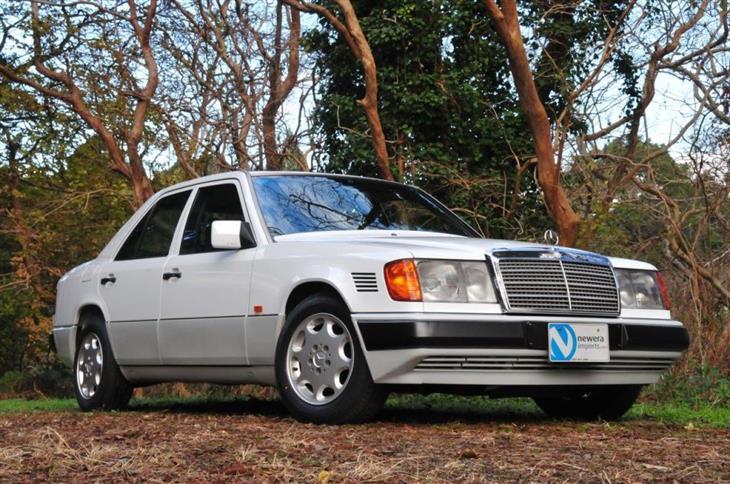 Mercedes Benz 124 Series 1985-1993 Haynes - sagin workshop car ... on