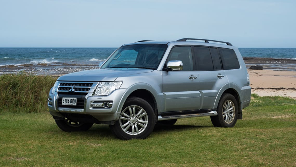 Mitsubishi Pajero 2000-2014 Petrol Diesel repair manual - sagin