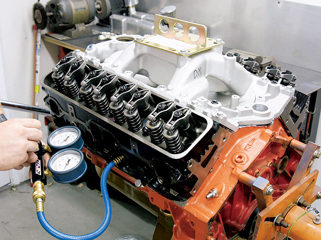 How To Rebuild The Small-block Chevrolet